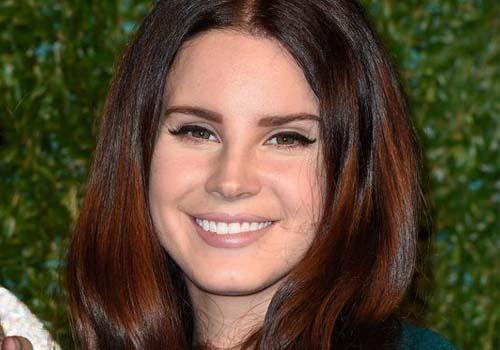 Lana Del Rey Plastic Surgery Picture